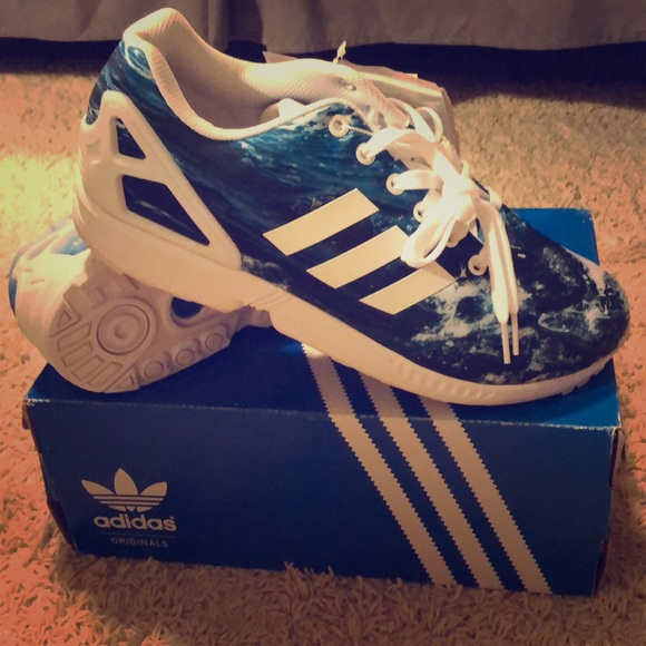 a37cdfa8817 Adidas ZX Flux Ocean Waves Torsion m19846